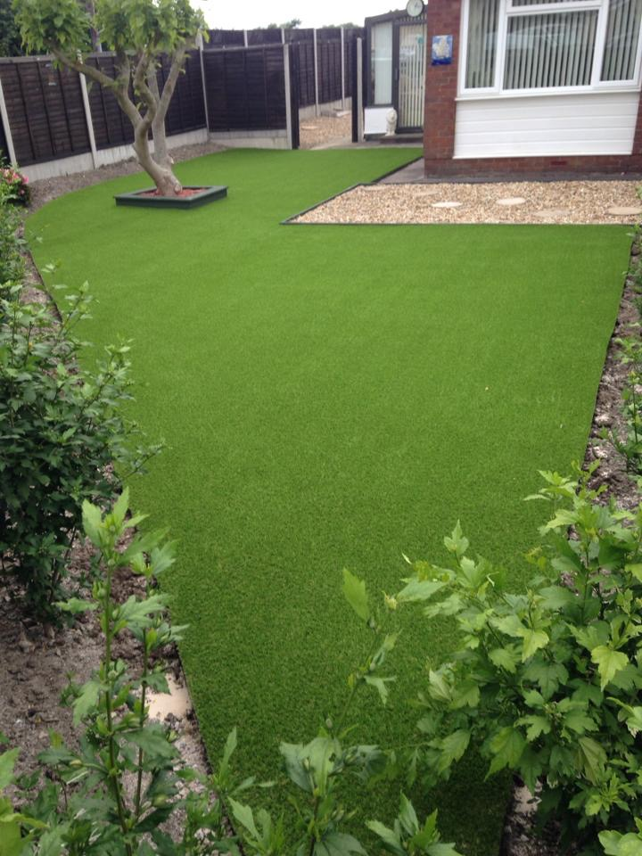 Artificial-Lawn-Installer-in-Bristol