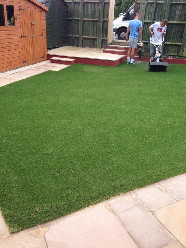 Fake-Grass-Installer-Bristol